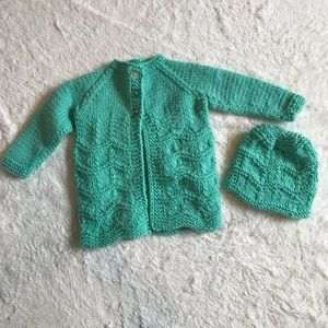 Kids knitted cardigan and hat